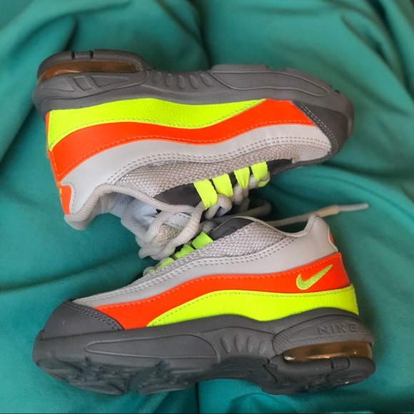 nike air max 95 green and orange
